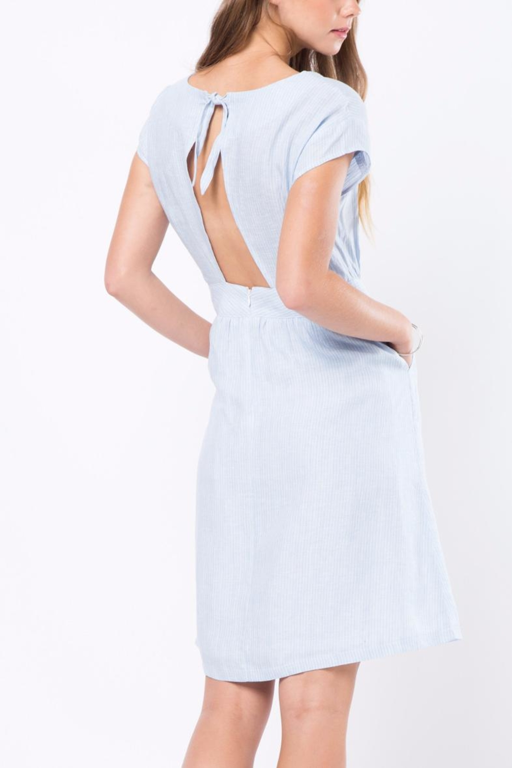 Movint Simple Flowy Dress - Side Cropped Image