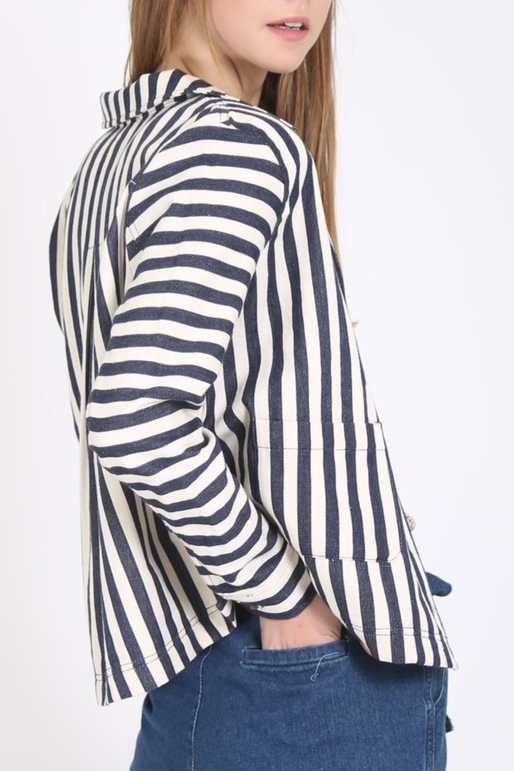 Movint Button Down Jacket - Front Full Image