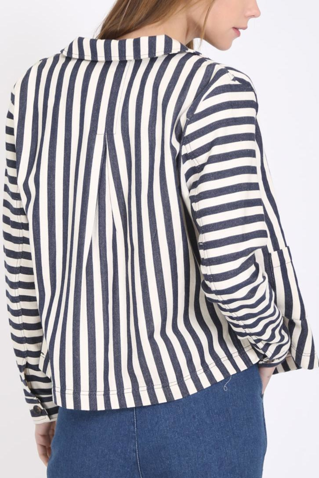 Movint Button Down Jacket - Side Cropped Image