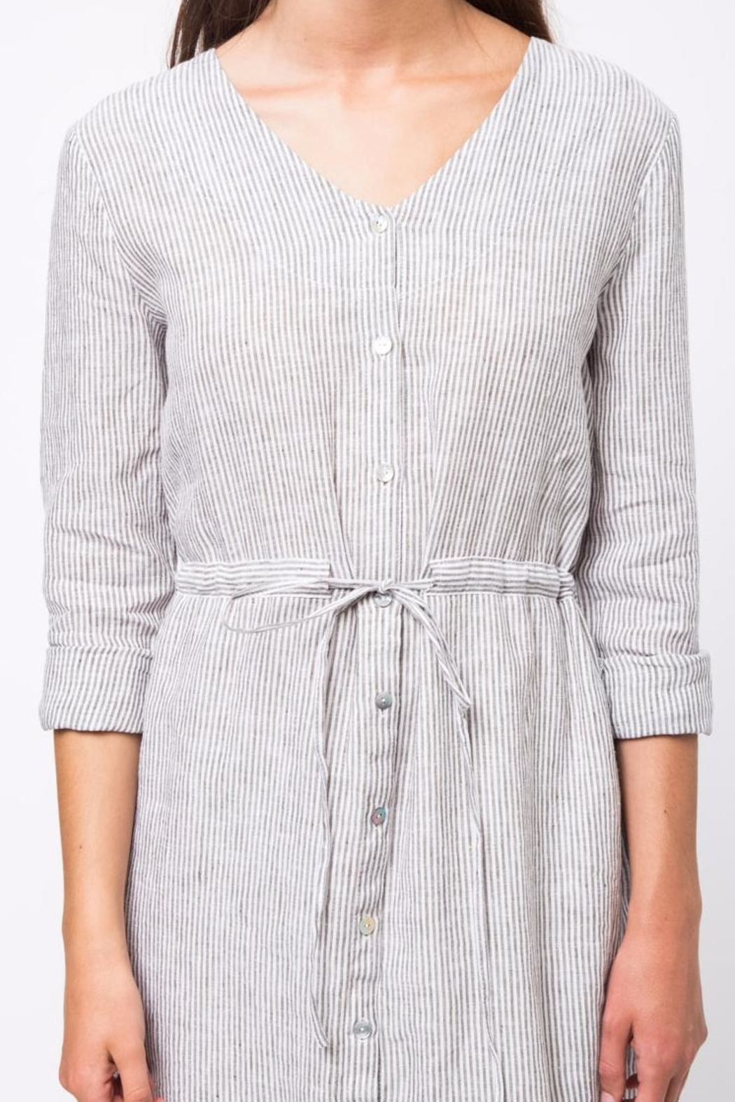 Movint Button Down Dress - Back Cropped Image