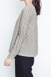 Movint Buttondown Back Top - Front full body
