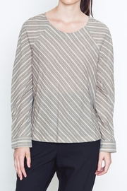 Movint Buttondown Back Top - Front cropped