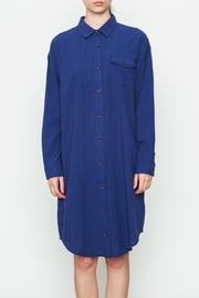 Movint Classic Shirt Dress - Front cropped
