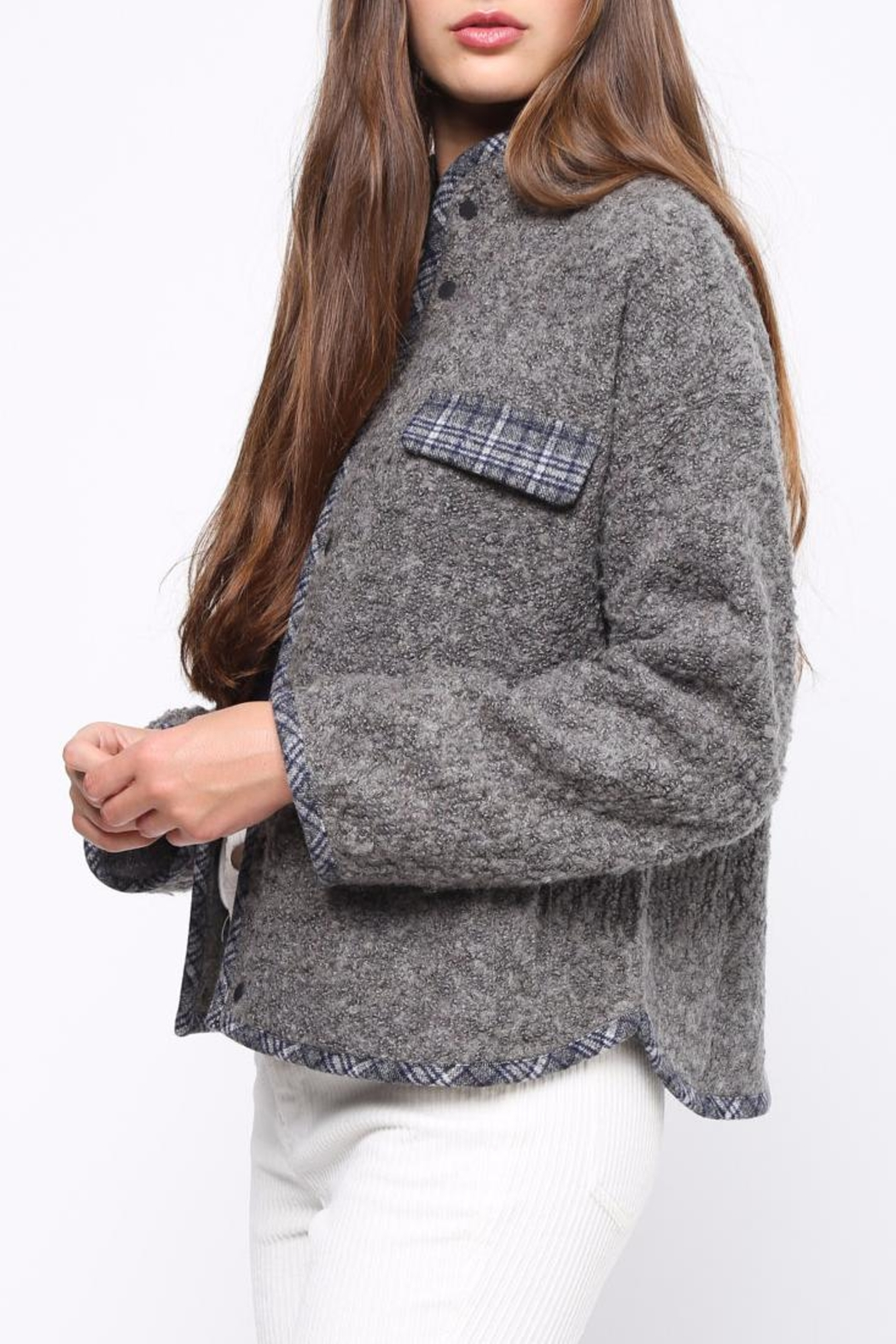 Movint Contrast Piping Jacket - Side Cropped Image