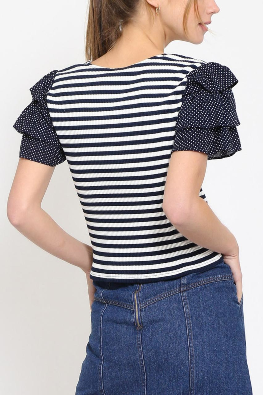 Movint Cropped Ruffle Top - Side Cropped Image