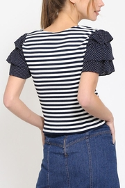 Movint Cropped Ruffle Top - Side cropped