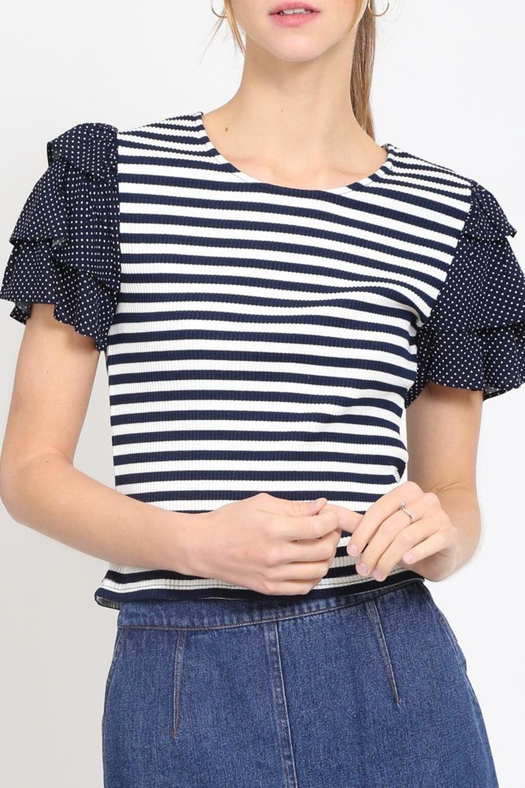 Movint Cropped Ruffle Top - Main Image