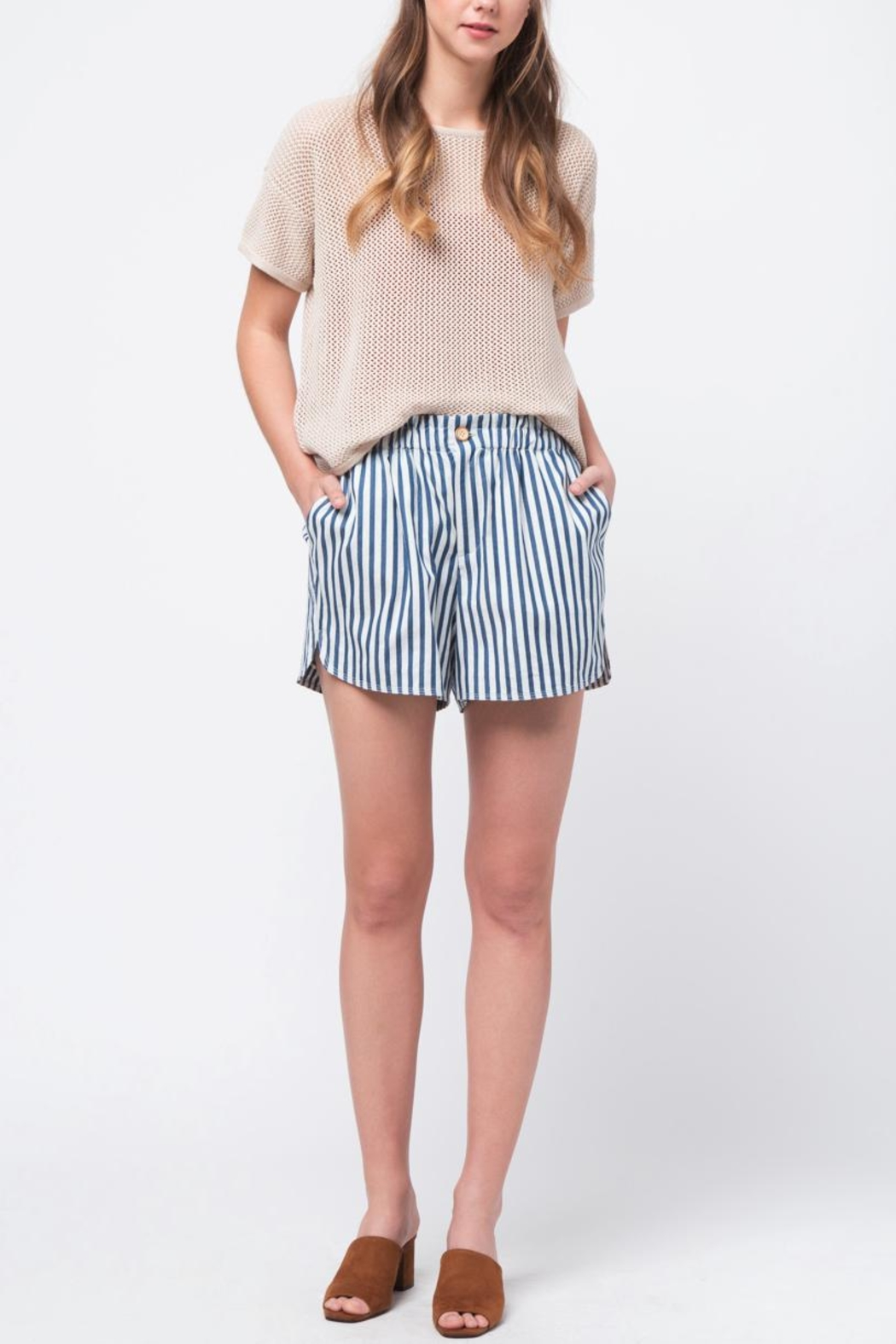 Movint Striped Waist Band Detail Shorts - Back Cropped Image