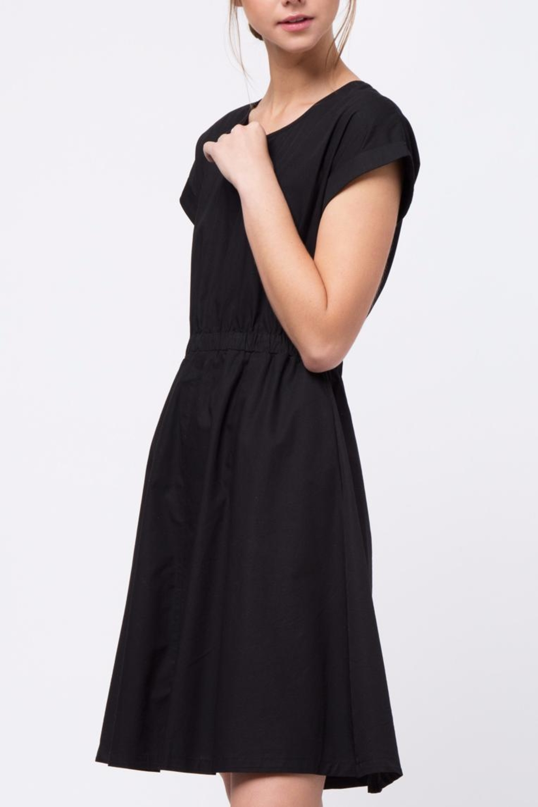 Movint Domal Sleeve Dress - Side Cropped Image