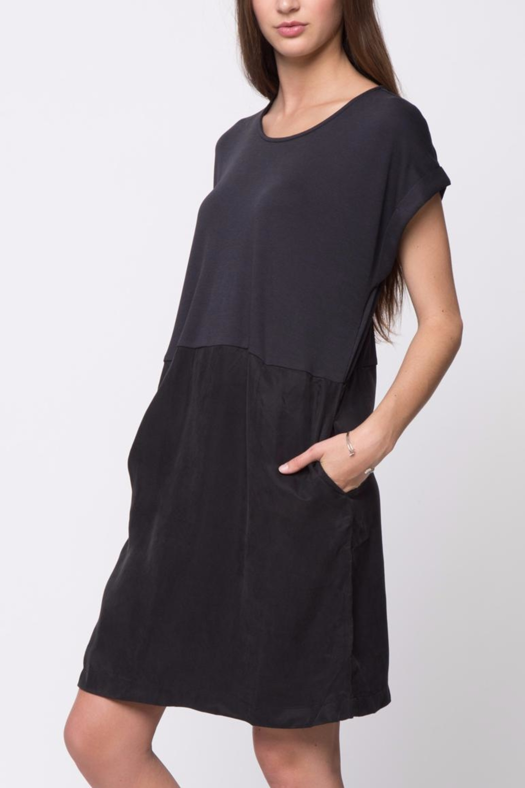 Movint Drop Shoulder Dress - Side Cropped Image