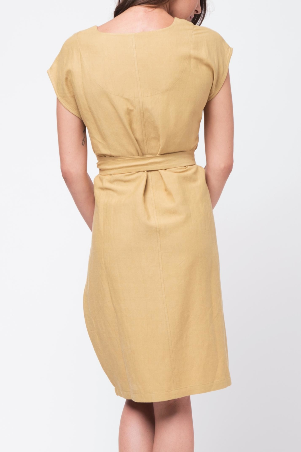 Movint Crisp Tie Waist Dress - Side Cropped Image