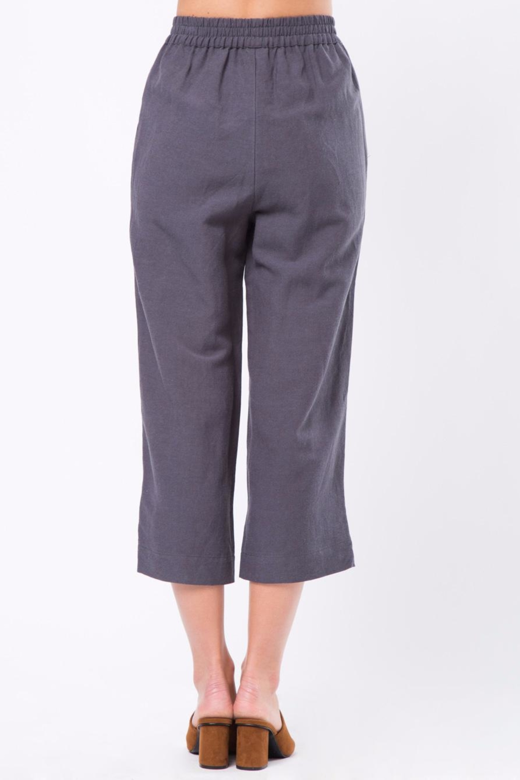 Movint Cropped Pants with Elastic Waist - Front Full Image