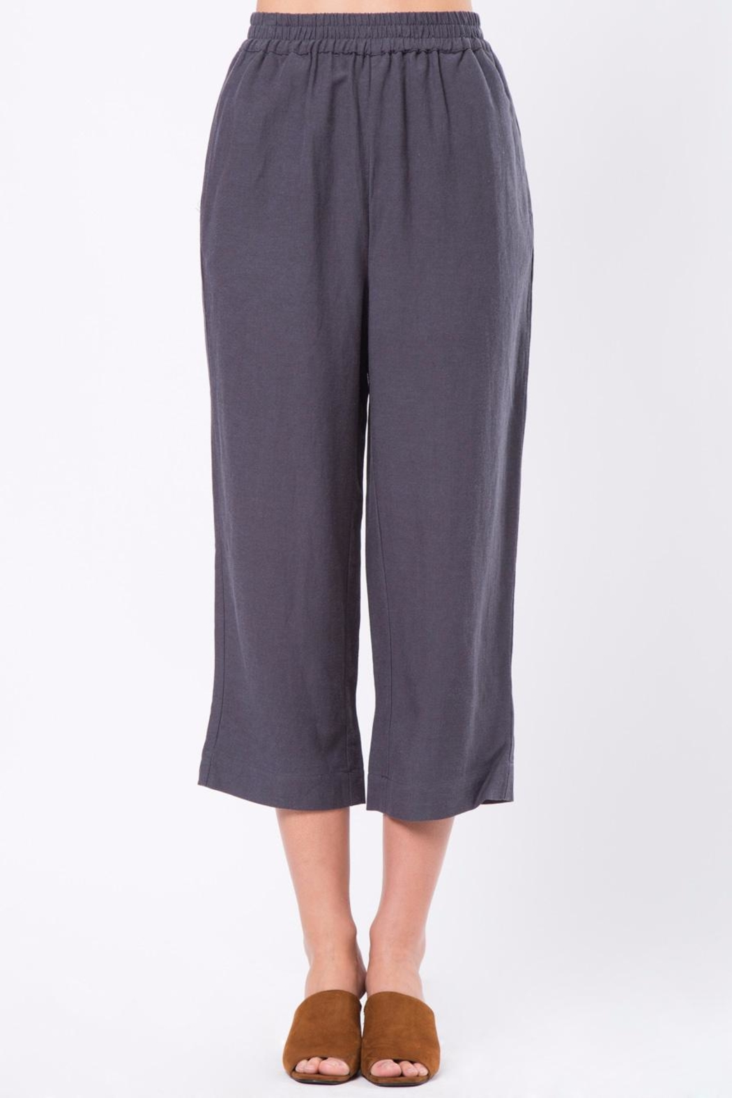 Movint Cropped Pants with Elastic Waist - Front Cropped Image