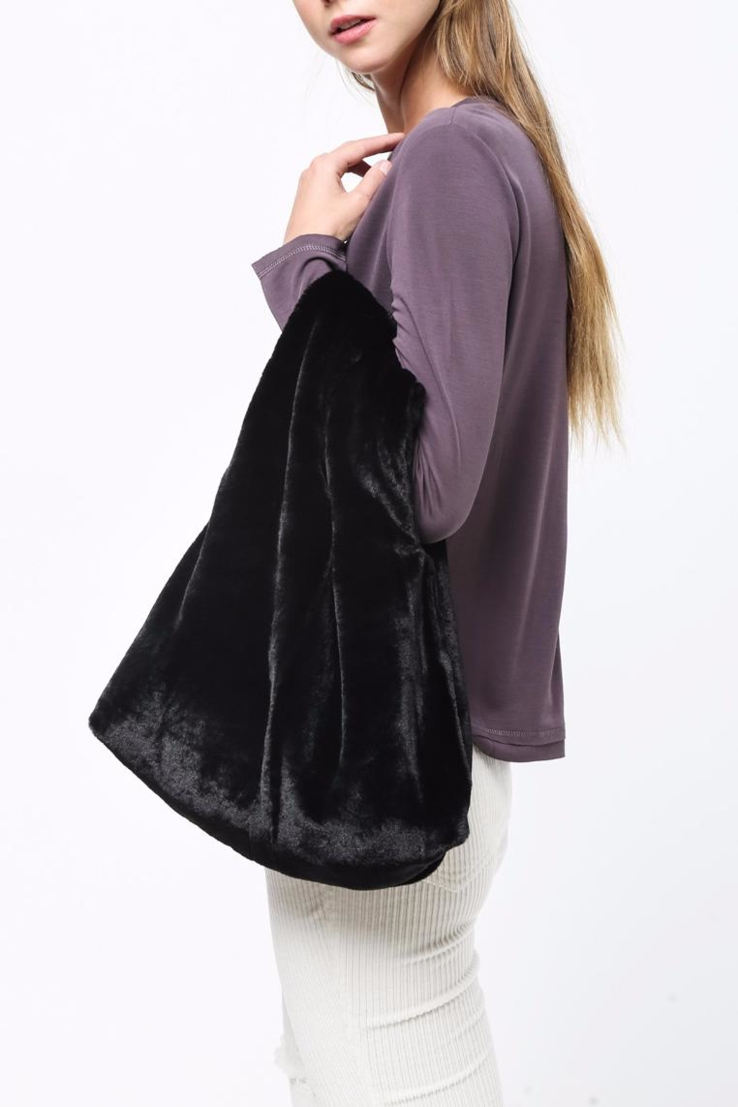 Movint Faux Fur Tote Bag Front Full Image