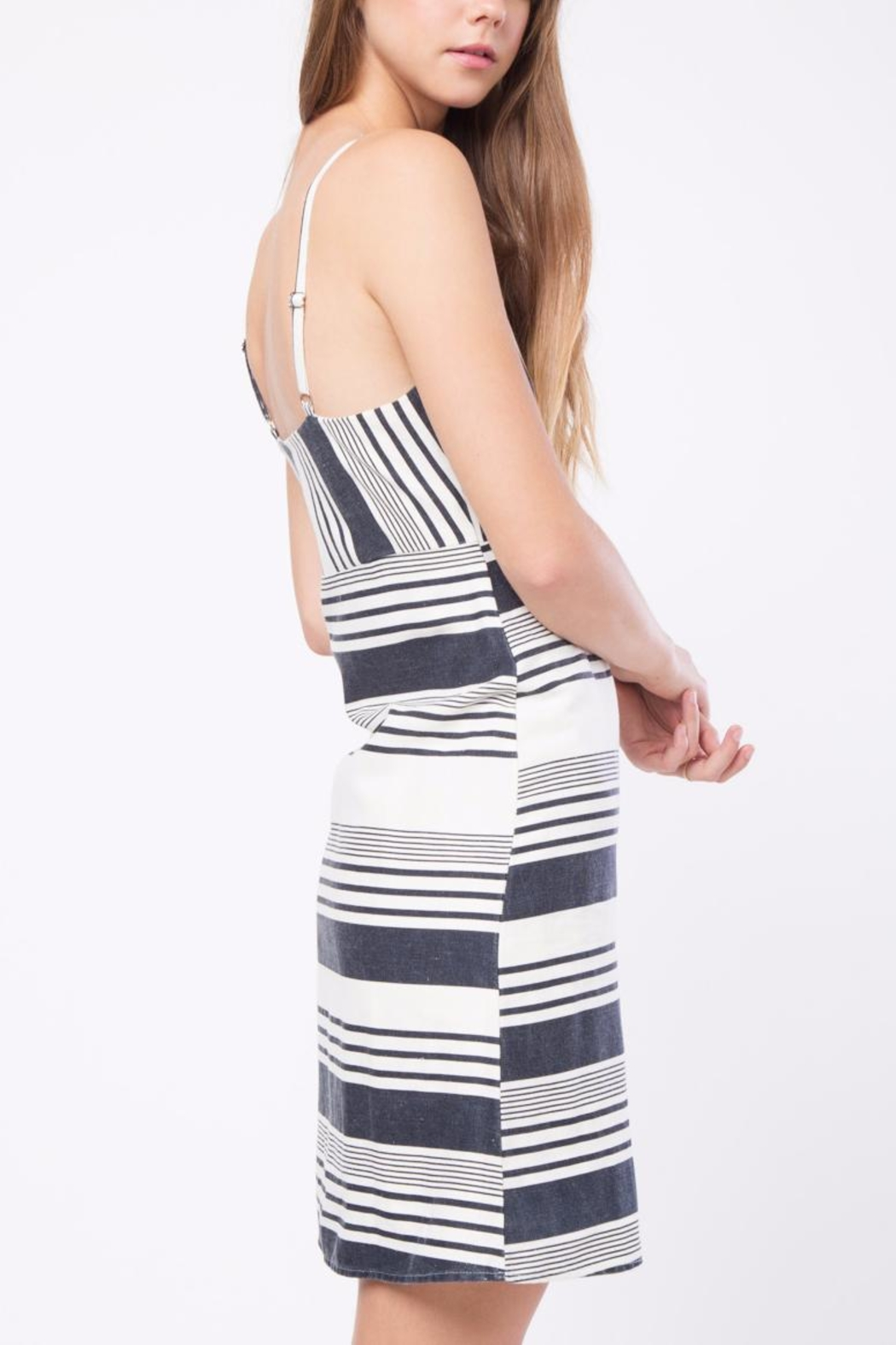 Movint Striped Knee Length Dress - Side Cropped Image