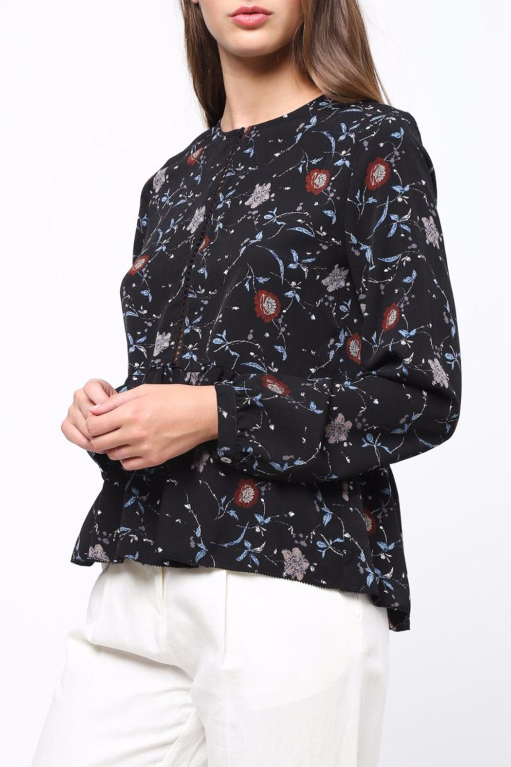 Movint Floral Peplum top - Side Cropped Image