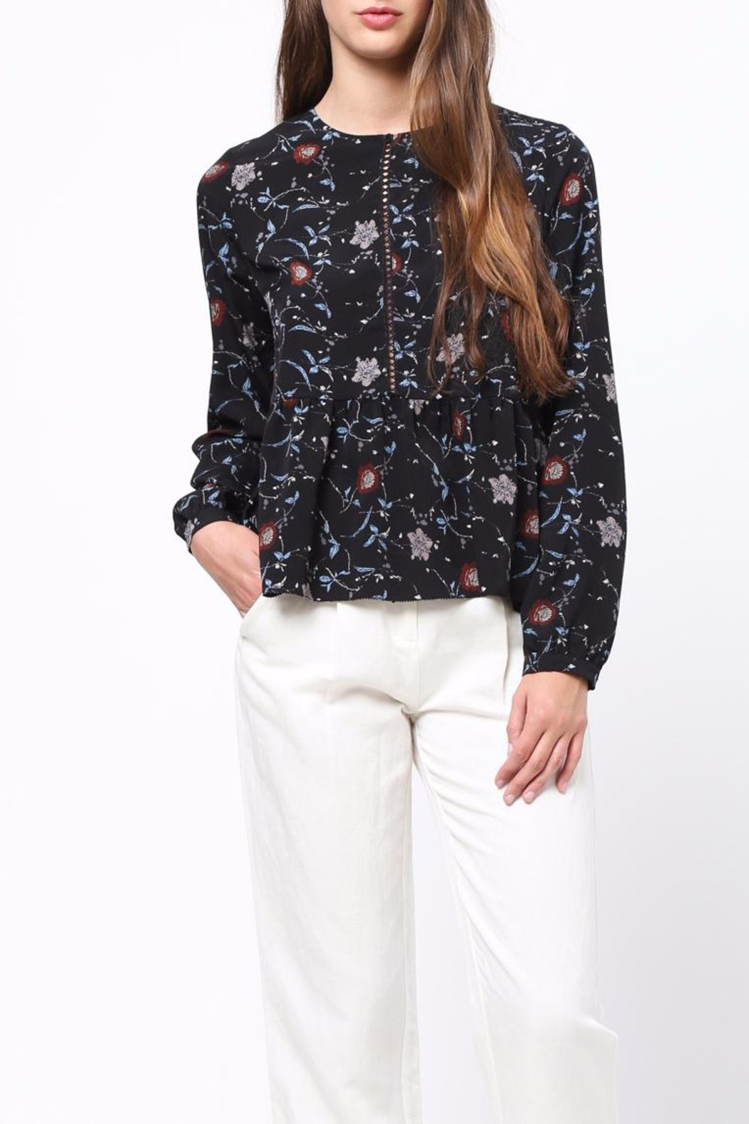 Movint Floral Peplum top - Back Cropped Image