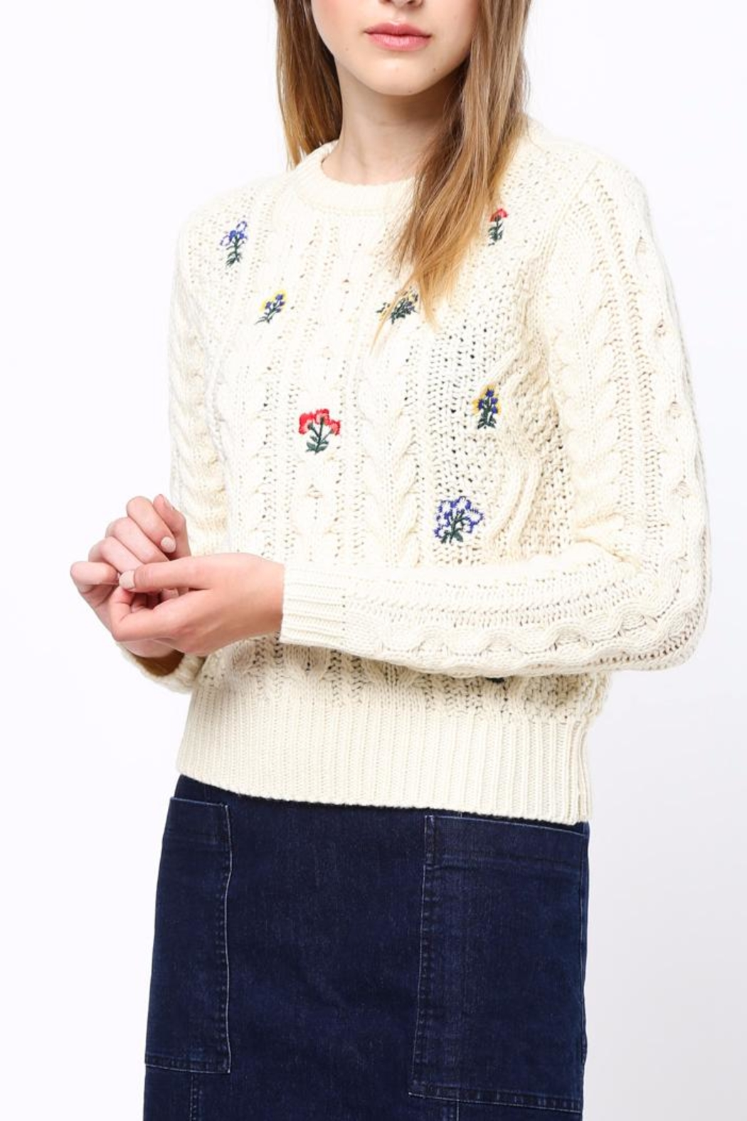 Movint Flower Embroidery Sweater - Side Cropped Image