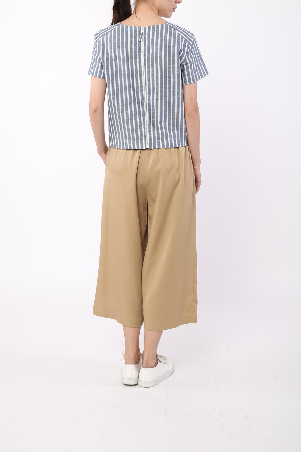 Movint Front Tie Striped Top - Side Cropped Image