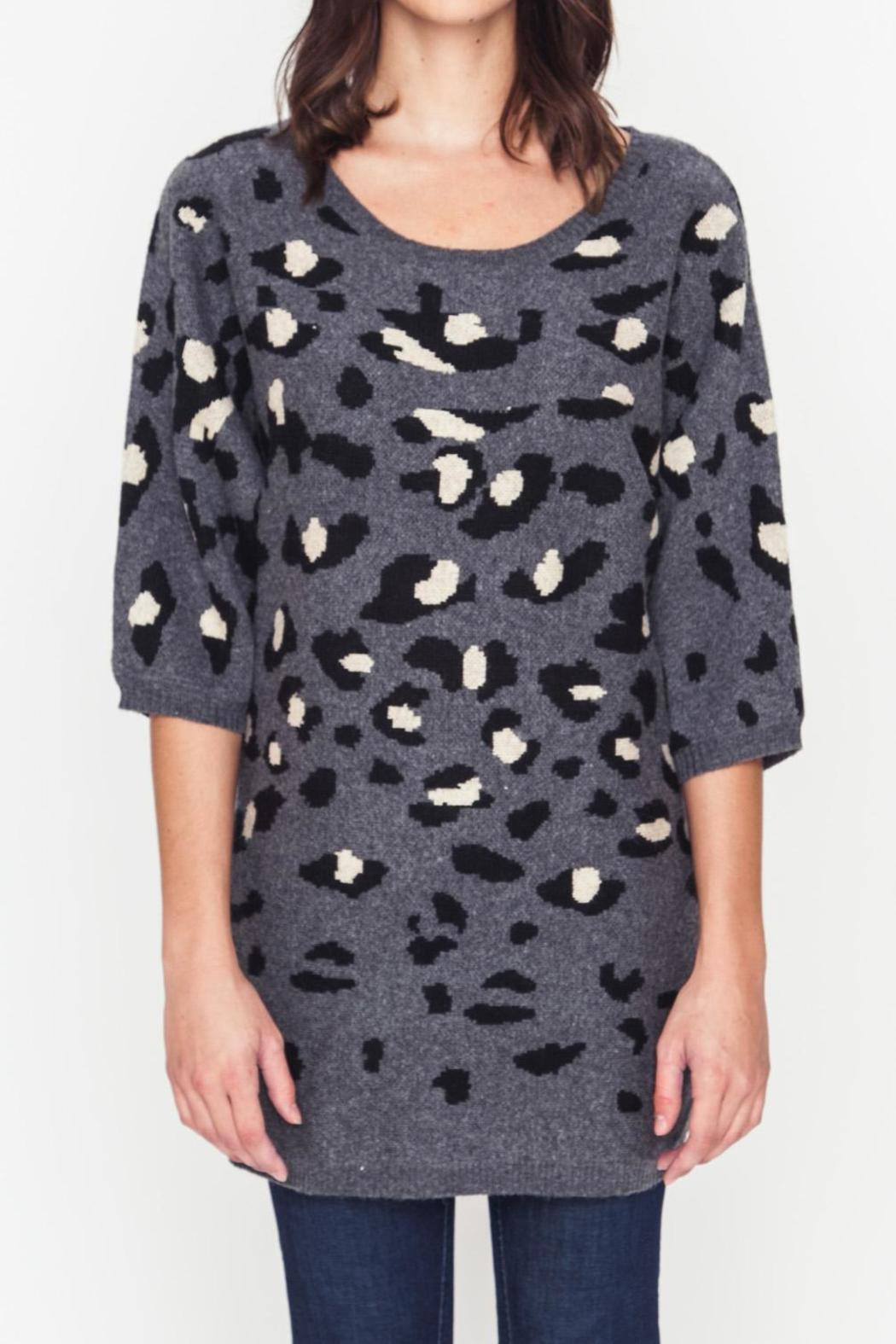 Movint Leopard Sweater - Back Cropped Image