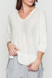 Movint Basic White Top - Front cropped