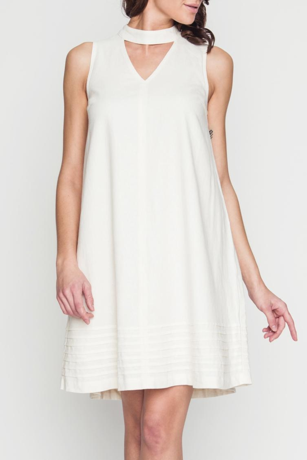 Movint Avril White Dress - Front Cropped Image