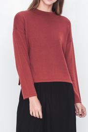 Movint Mock Neck Cropped Sweater - Front cropped