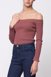 Movint Off-The-Shoulder Sweater - Side cropped
