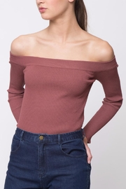 Movint Off-The-Shoulder Sweater - Front cropped