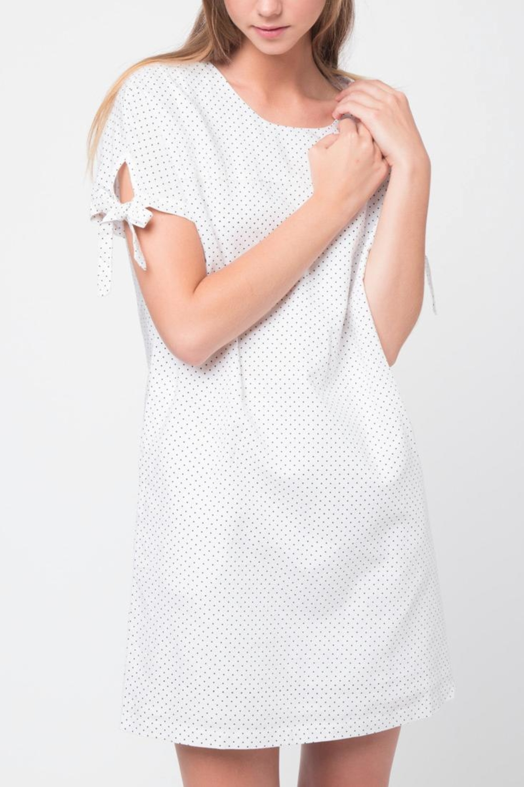 Movint Oversized Linen Dress - Front Cropped Image