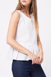 Movint Edge Hem Detailed Tank - Side cropped