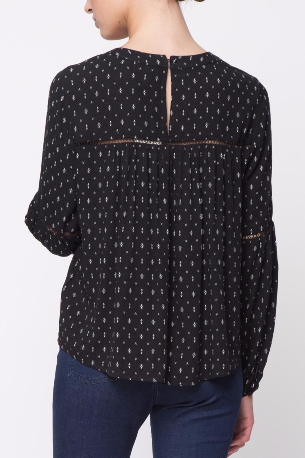 Movint Shirring Round Neck Top - Front Full Image