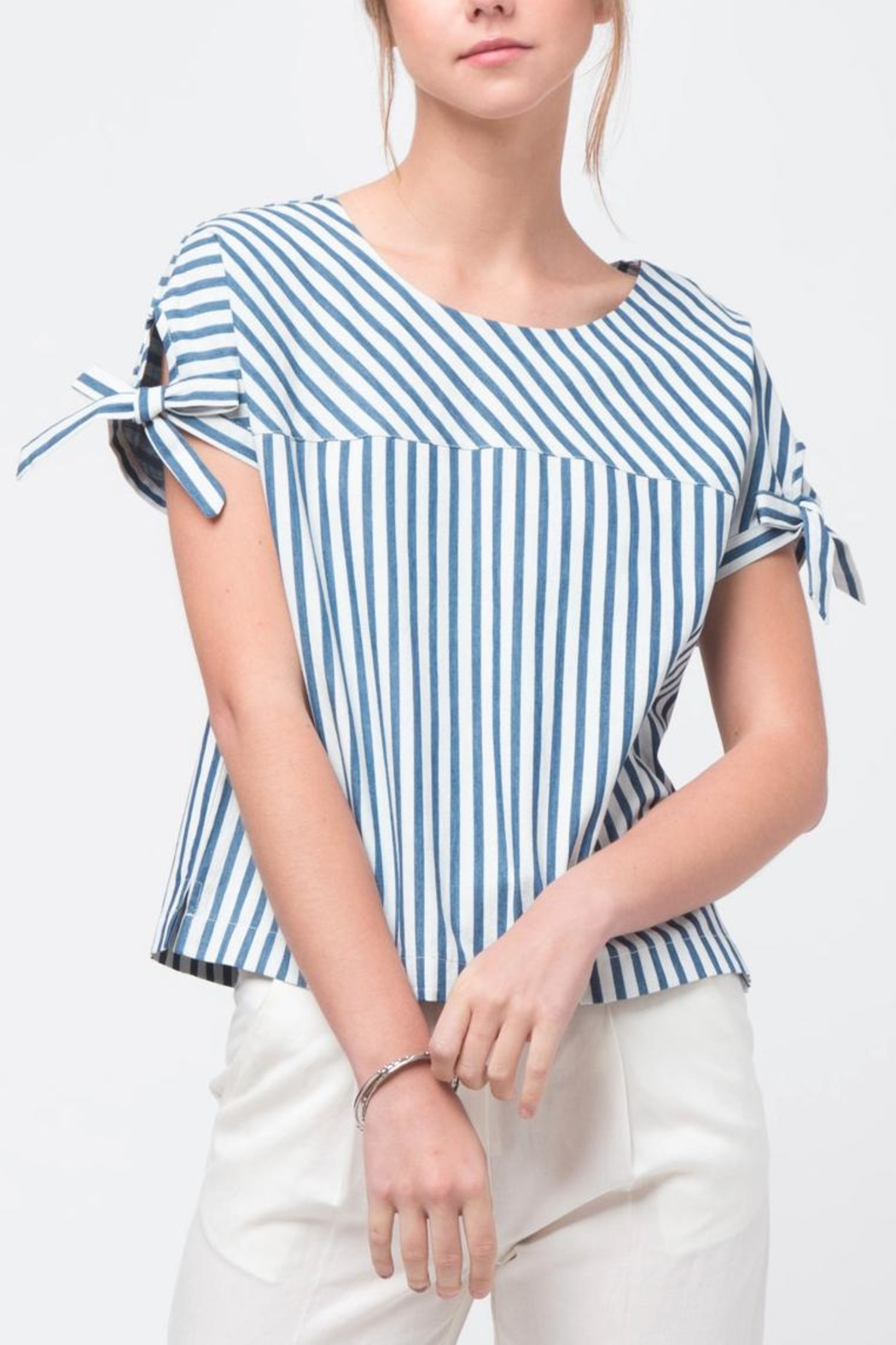 Movint Sleeve Tie Detailed Top - Front Cropped Image