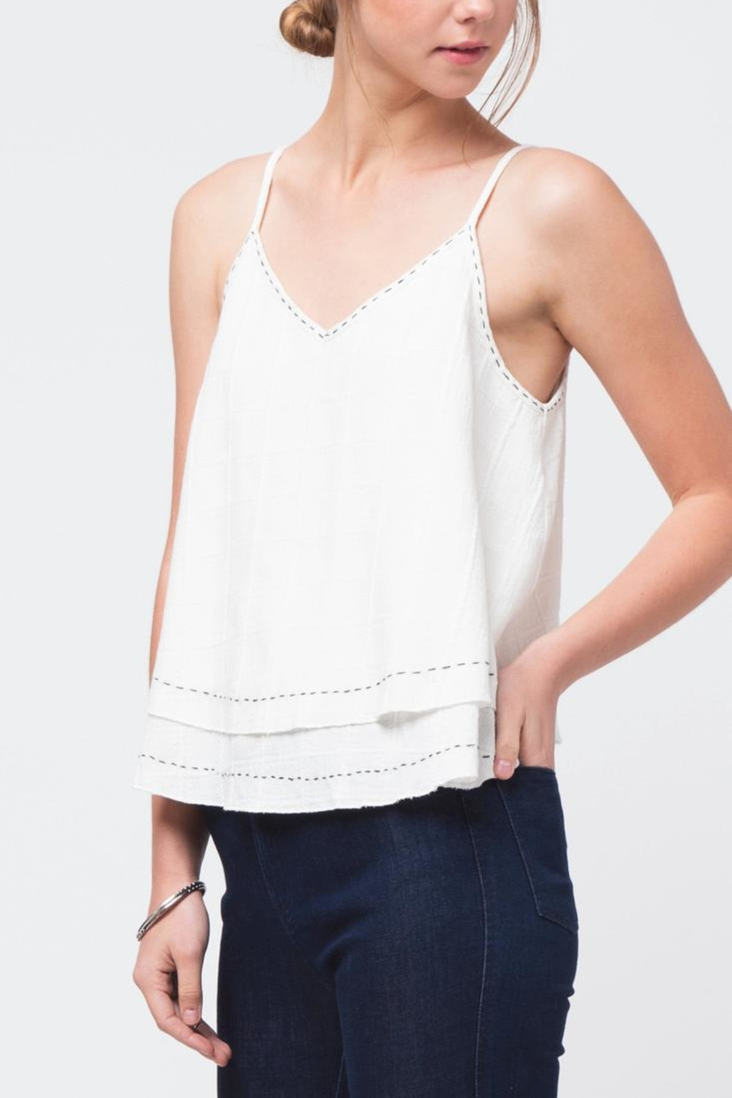Movint Lightweight Swing Top - Front Full Image