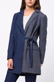 Movint Waist Belt Tailored Jacket - Front cropped