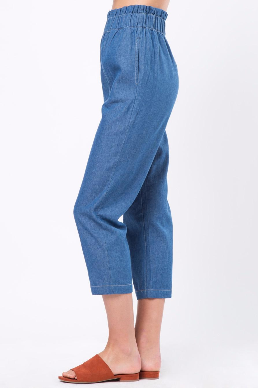 Movint Cropped Denim Pants with Elastic Waist - Side Cropped Image