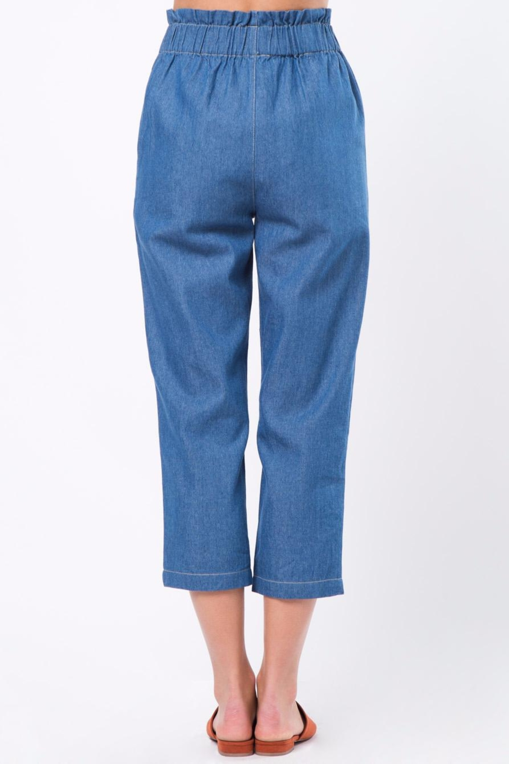 Movint Cropped Denim Pants with Elastic Waist - Front Full Image