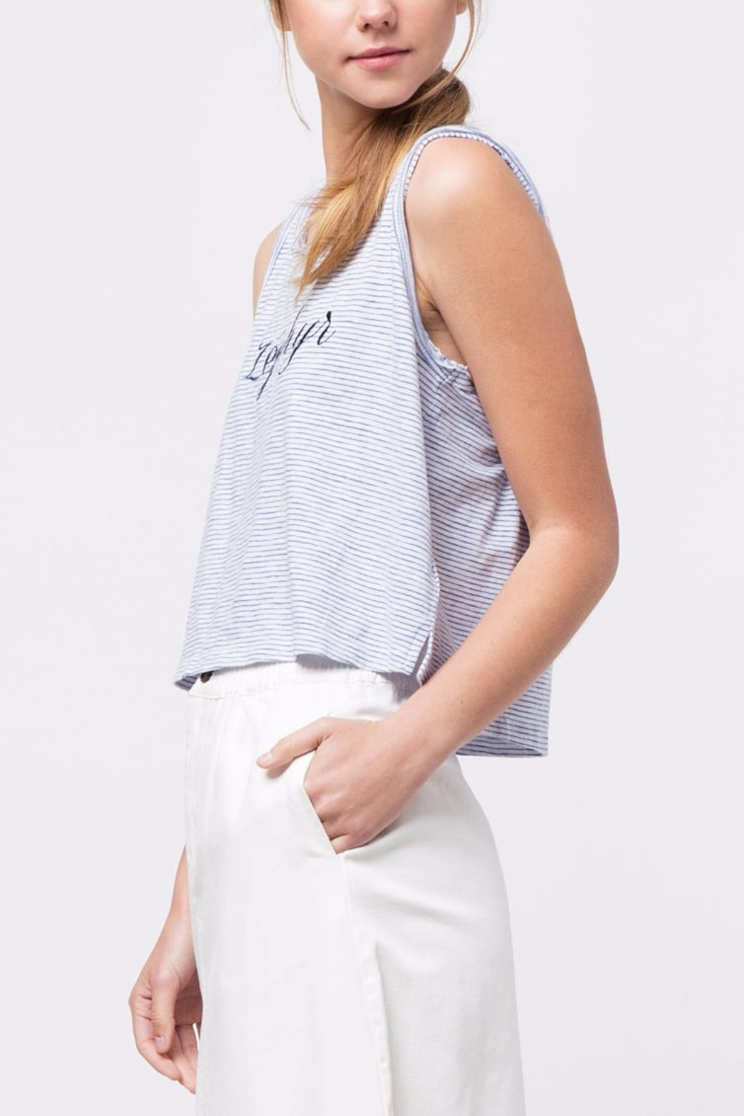 Movint Zephyr Embroidery Top - Side Cropped Image