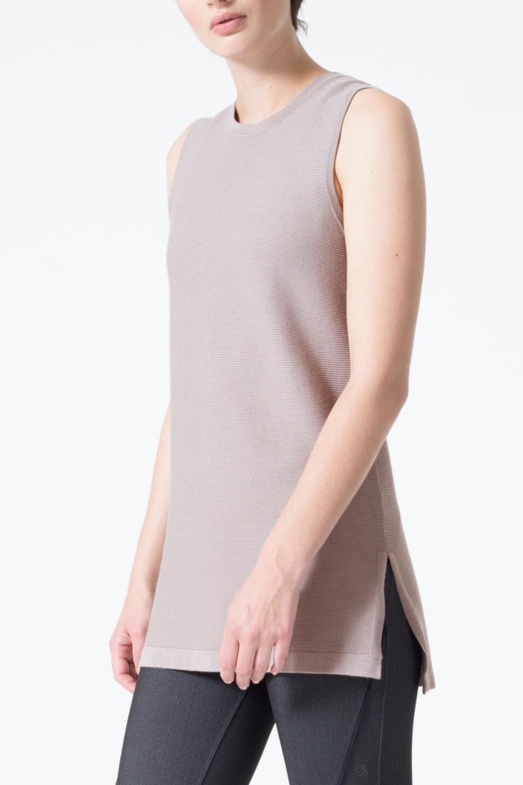 MPG Sport Sleeveless Tunic Top - Front Cropped Image