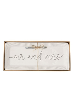 Mud Pie Mr & Mrs Tray - Alternate List Image
