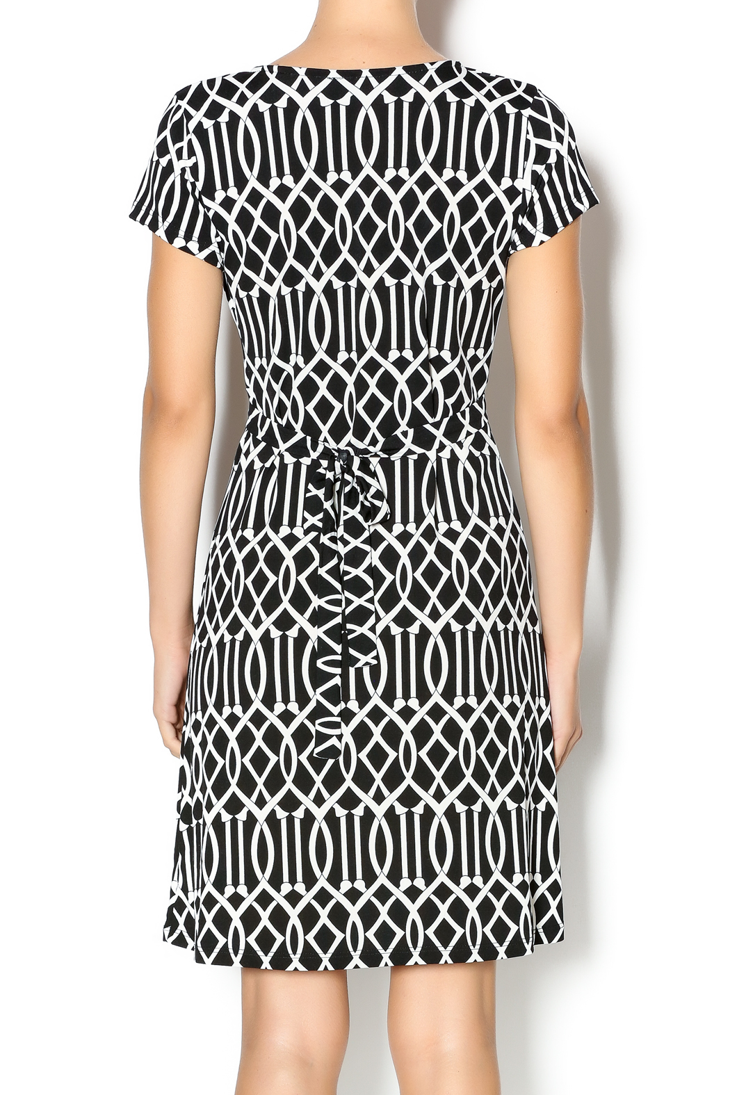 MT Collection Geometric Print Dress - Back Cropped Image