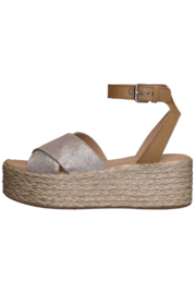 Seychelles Much Publicized Flatform - Front cropped