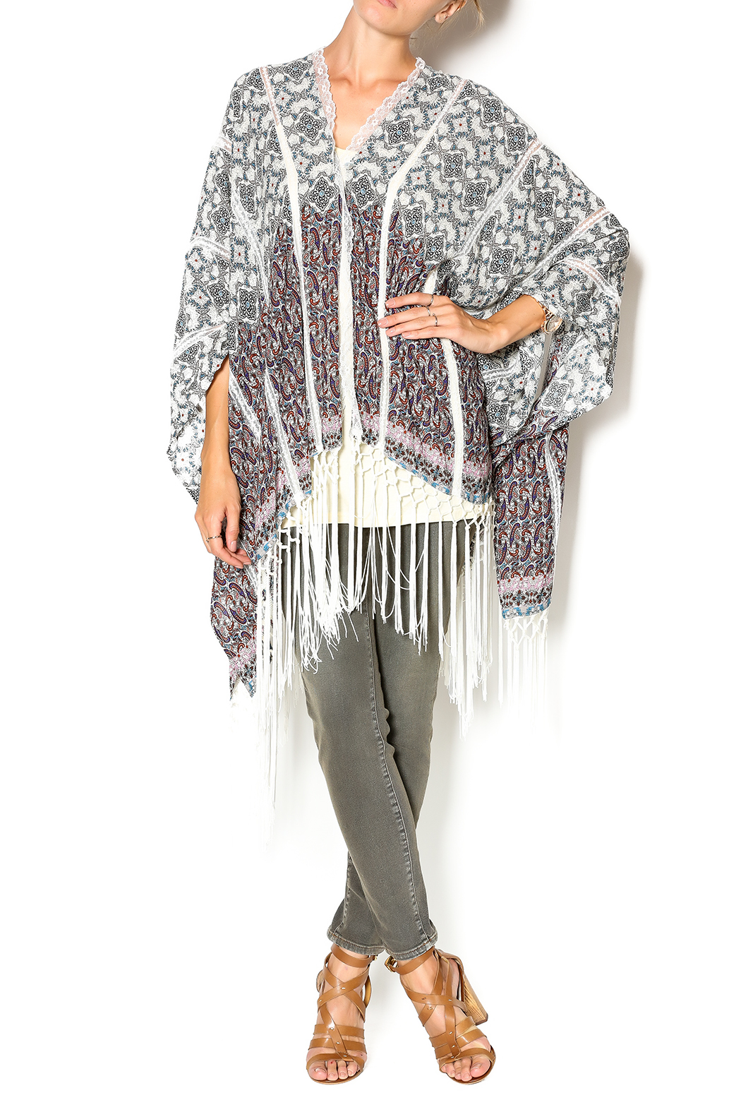 Muche et Muchette Button Shawl With Fringe - Front Full Image