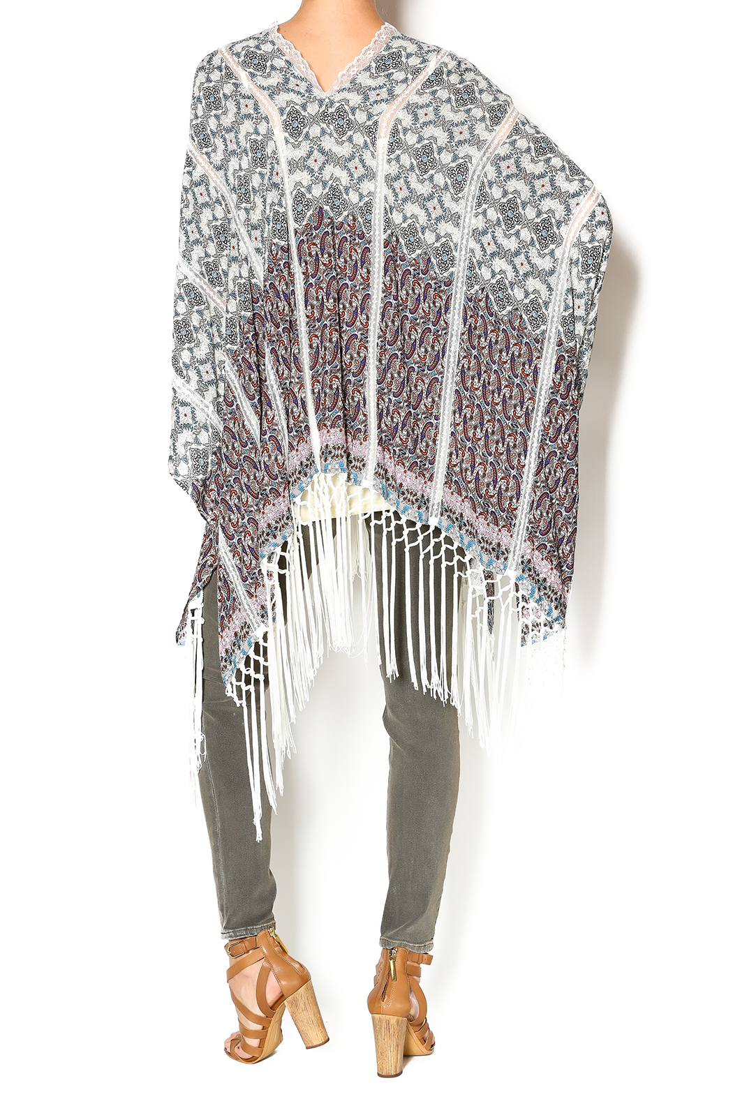 Muche et Muchette Button Shawl With Fringe - Side Cropped Image