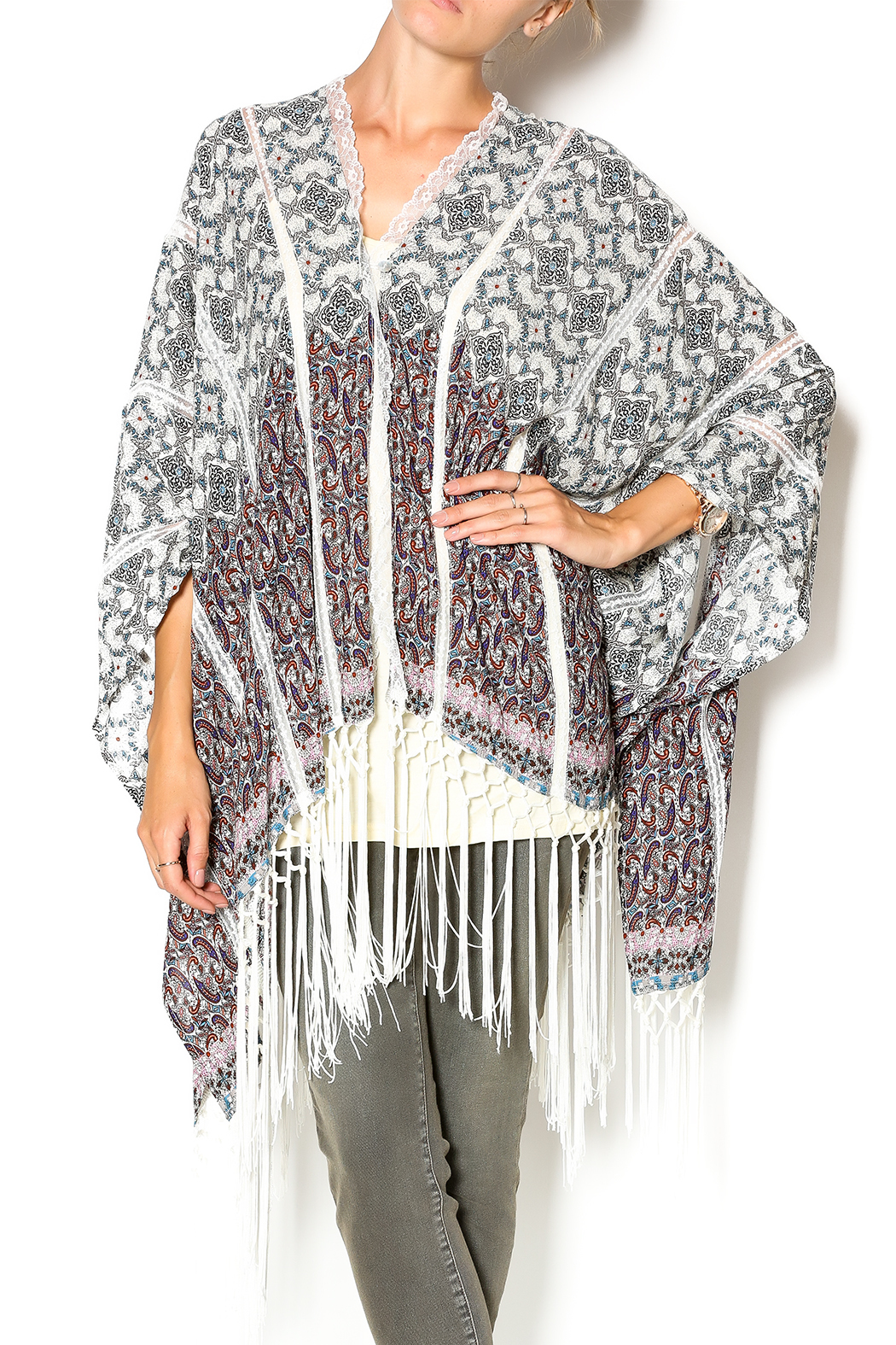 Muche et Muchette Button Shawl With Fringe - Main Image