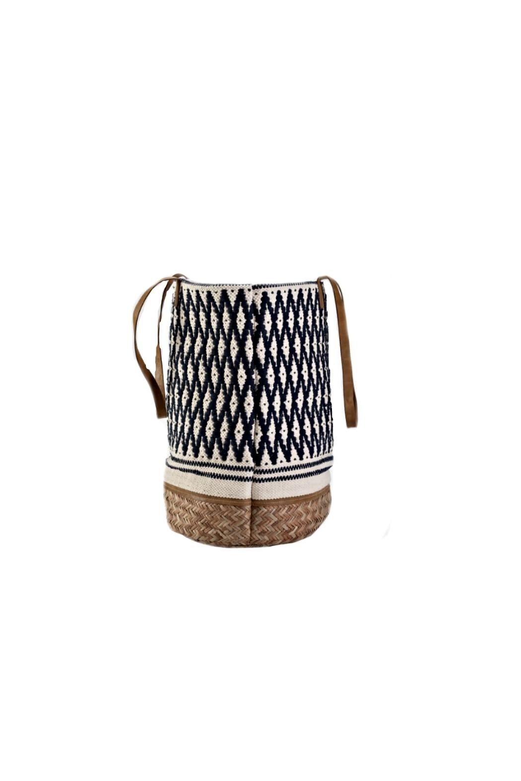 Muche et Muchette Abarcos Tote Geometric Bag - Side Cropped Image