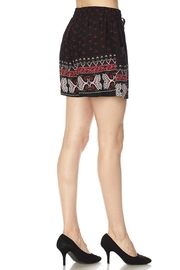 New Mix Multi Pattern Short - Side cropped