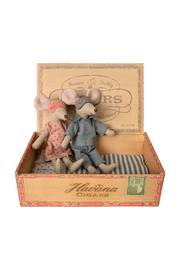 Maileg Mum & Dad Mice In Cigar Box - Front cropped