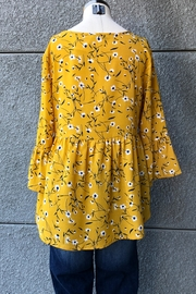 Miss Kelly Mustard Daisies Top - Back cropped