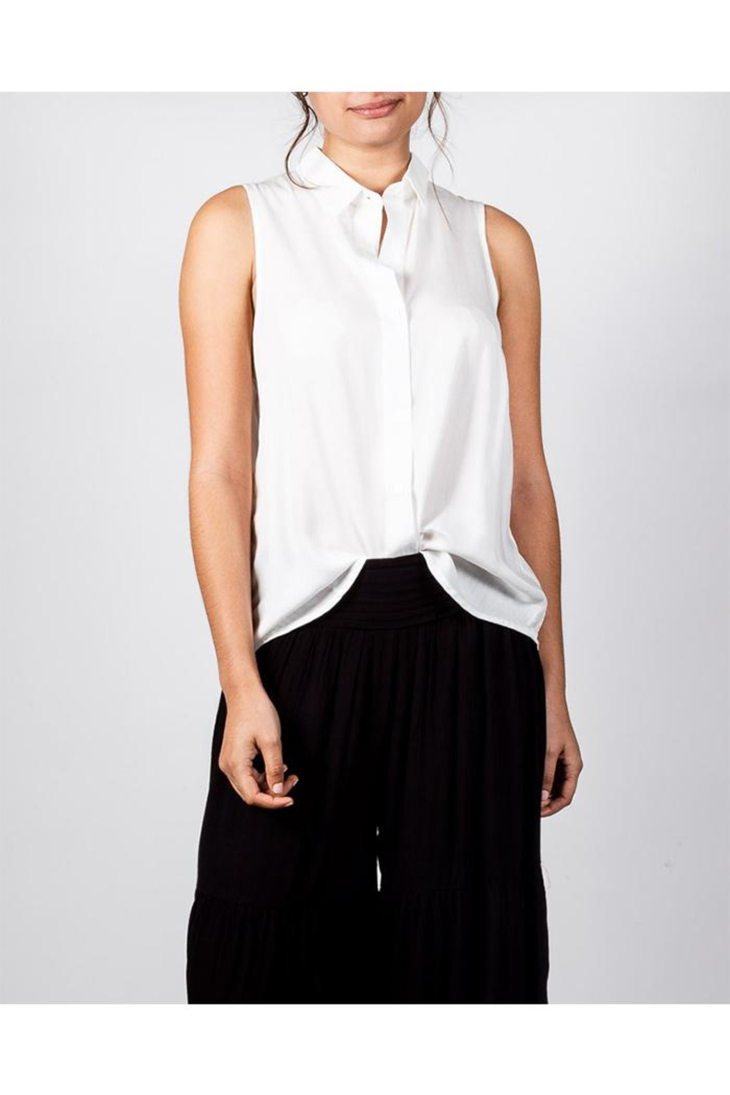 Mustard Seed Sleeveless Button-Down Top - Front Cropped Image
